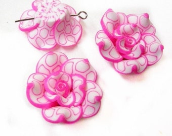4pc 25mm Handmade Polymer Clay Flower Beads-961