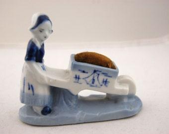 40s vintage Nederlandse jongen en meisje Pin kussens - Made in Japan / / nieuwigheid jaren 1950 / / Flow blauw