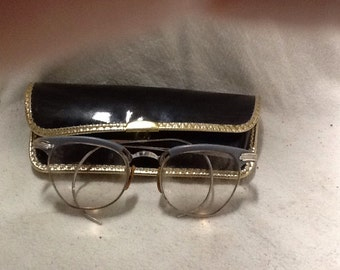 Vintage Glasses in Patent Leather Case