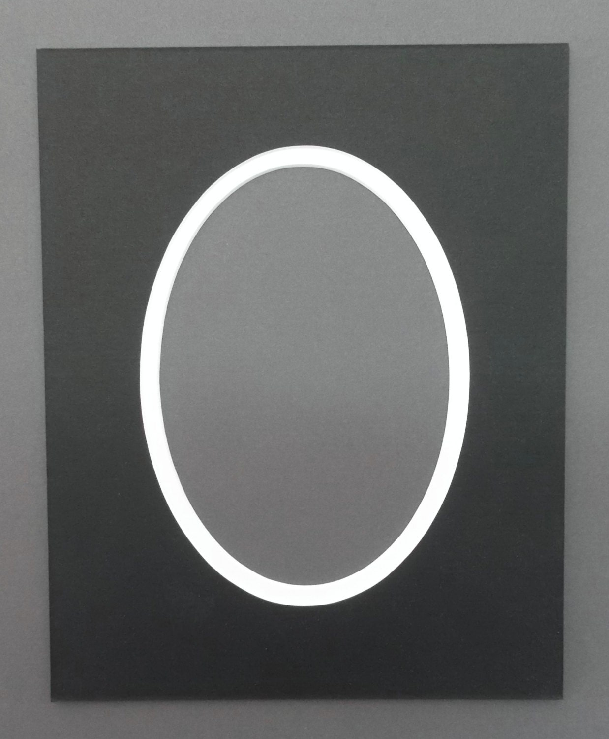 Oval Package Of 5 8x10 Black Amp White Double Picture Mats