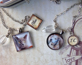 Pet Memorial Necklace,  Cremation Necklace, Pet Loss Jewelry, Loss of Dog Necklace, Loss of Cat Necklace with Photo Gift Tin for Pet's Ashes