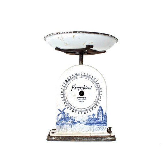 Antique Kitchen Scale: Antique Krups Kitchen Scale