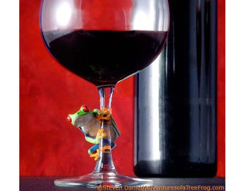 Red Wine, Tree Frog on Wine Glass, Wine Glass, Wine Art