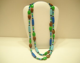 "Vintage 48"" Plastic Beaded Necklace (8746)"