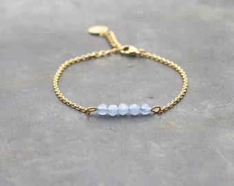 Lavender bracelet with gold plated chain 24K / crystal beads / bar bracelet / dainty bracelet for women