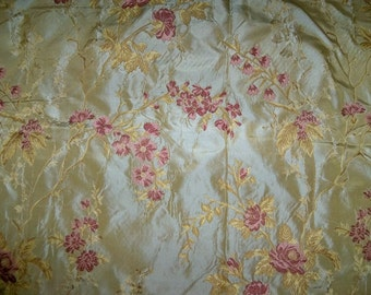 SILK LOOM French ROMANTIQUE Silk Damask Brocade Lampas Fabric 10 Yards Gold Rose Pink