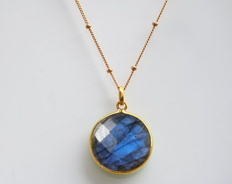 Labradorite Necklace - Gold necklace - round gemstone necklace - labradorite jewelry - bridal jewelry - bezel set necklace, blue labradorite