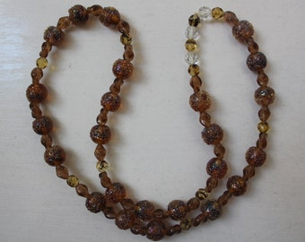 SALE! 1970s Beaded Necklace Vintage
