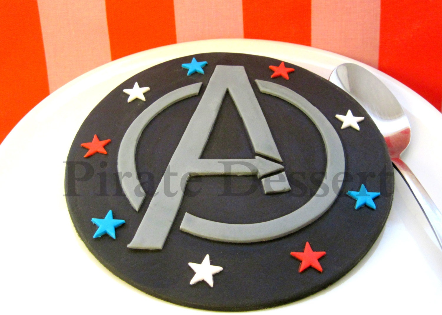 THE AVENGERS Edible Cake Topper Avengers Logo Edible