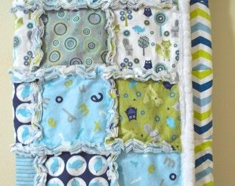 Modern Flannel Rag Quilt w/Minky Binding  Animal Theme