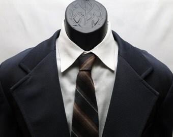 Men's Navy Blue Suit / Vintage Suit /  2 piece Size 44 Slim Fit