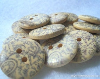 18mm Wood Buttons with Indigo Heart Print Pack of 15 Denim Blue Buttons W1802