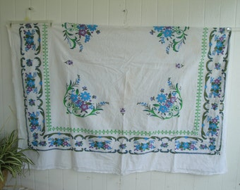 Vintage cotton floral rectangle tablecloth kitsch country farmhouse romantic shabby chic Astronaut Wives Mad Men