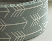 "12"" Self Warming Cat Bed in Grey Arrow Print"