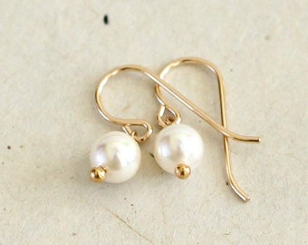 Small Pearl Earrings-June Birthstone Earrings-Birthday Gift-Gift for Her-Bridesmaids Gift-Gifts for Kids-Wedding Earrings-Gifts Under 30
