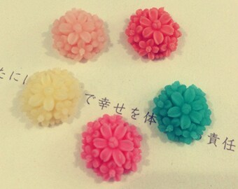 10pcs 14mm  Mixed color resin flower
