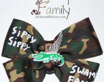 Swamp Family Hair Bow