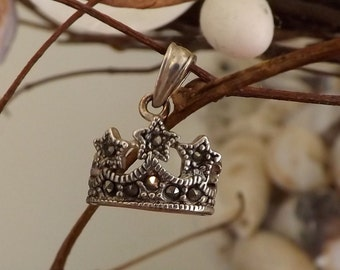 Crown pendant with Marcasites -item #031912 [L08]