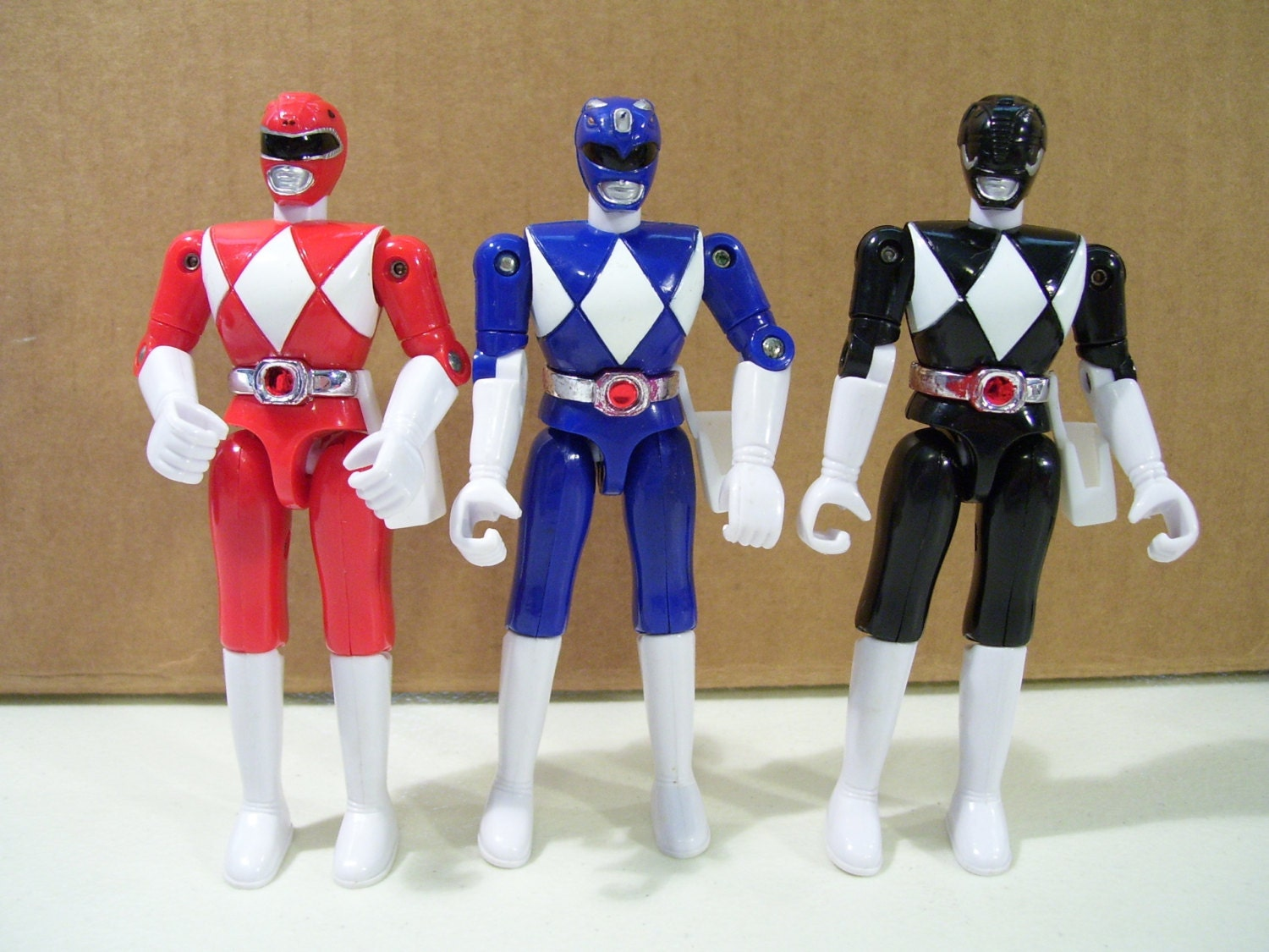 lot of 3 classic look power rangers action figures blue. Black Bedroom Furniture Sets. Home Design Ideas