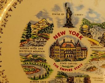 NEW YORK state plate lovely road trip souvenir state plate Statue of Liberty collectible no.7 wall hanging home decor red green blue gold