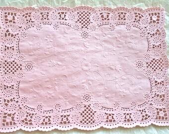 12 Doily Powder Pink Vintage Doilies Placemats