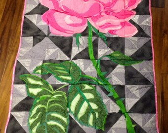 Drop Dead Gorgeous Pink Rose Quilt/ lap quilt, throw