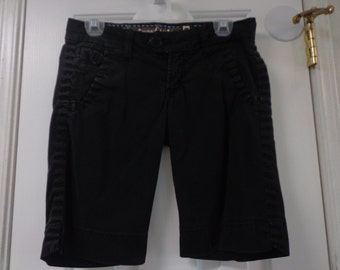 Retro Vintage Black Women's Short Fashion Summer Size 6 Calvin Klein