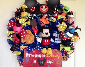 Disney Wreath Countdown to Disney Vacation Wreath