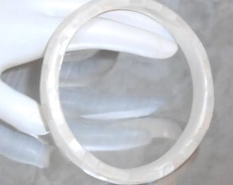 Vintage  white mother of pearl inlay thin bangle bracelet