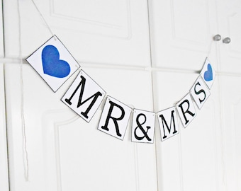 FREE SHIPPING, Mr & Mrs banner, Bridal shower banner, Wedding banner, Engagement party, Wedding garland, Bachelorette party decor, Navy blue