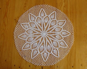 """22 1/2"""" Doily Double Pineapple Off White Large"""