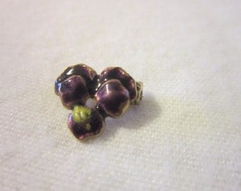 Vintage Petite Purple Enameled Flower Pin