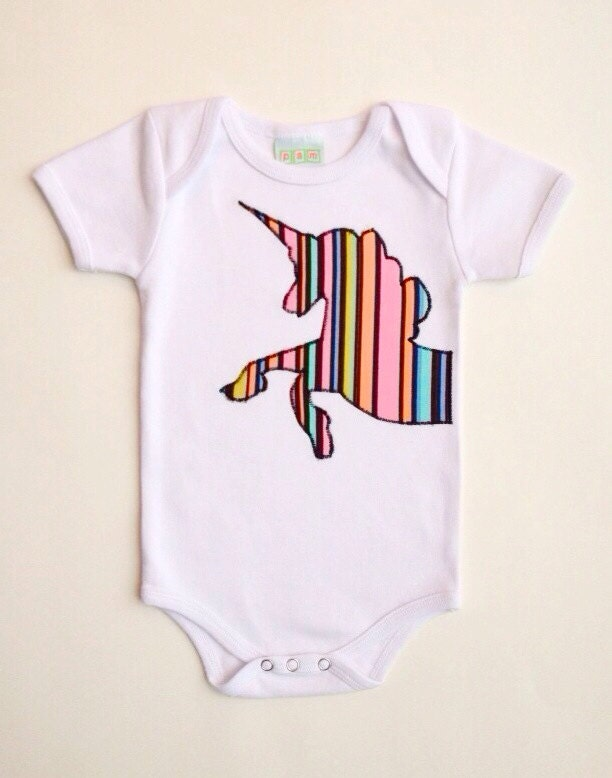 This Rainbow Unicorn Baby Short Sleeve Onesies Is Made Of The Highest Quality % Organic Cotton,It Is Soft To The Touch On Your Baby's gehedoruqigimate.ml Hand Feeling Material For Comfortable To gehedoruqigimate.ml Brand: Baby.