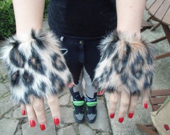 One Luxury Pair of Leopard Furry Wrist Cuffs Wristlets Cute Cosy Cosplay Elasticated Winter