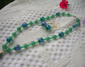 ON SALE: My green floral LAMPWORK and glass beaded choker-necklace and matched earrings set.