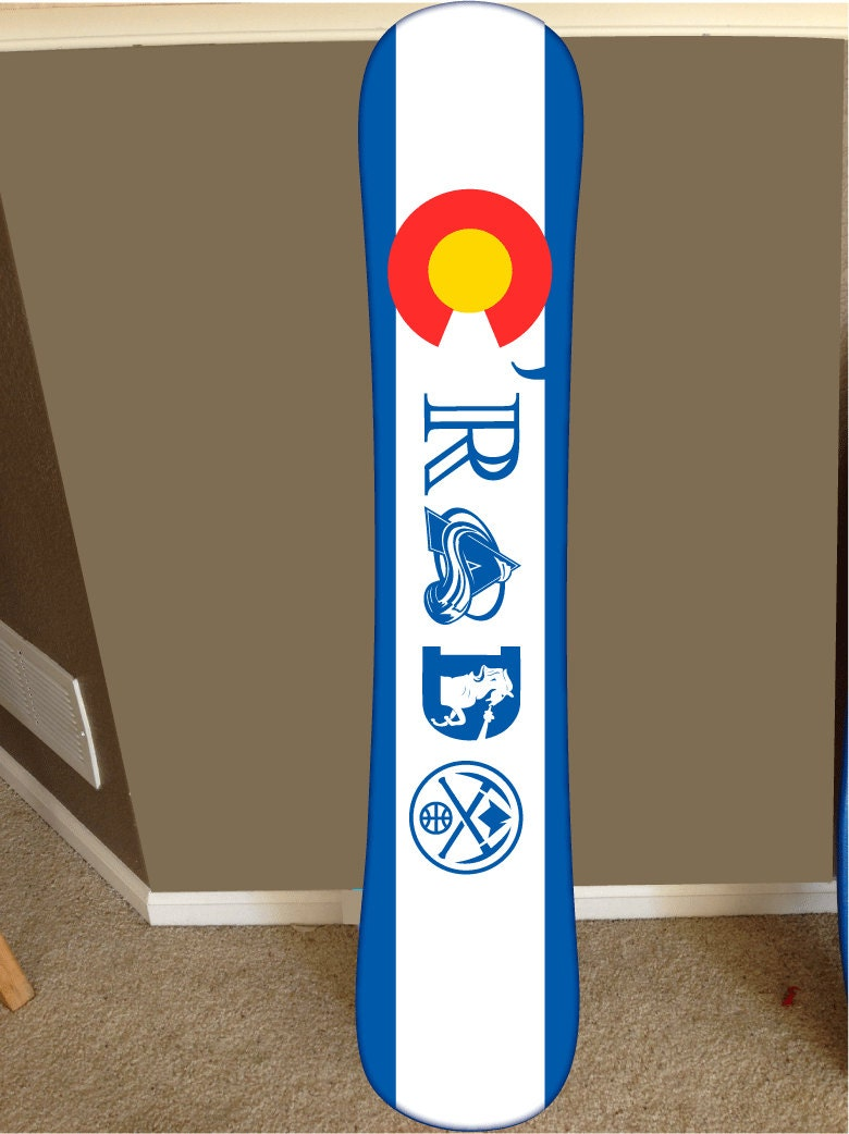 Snowboard decor colorado decor c 39 rado snowboard by radgraffix for Snowboard decor
