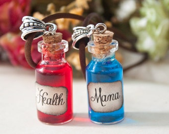 Health & Mana Videogame Potion Necklaces. Mana Necklace, Gamer gift jewelry, warcraft, LARP necklace, world, Bottle necklace, league legends