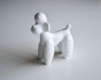 Vintage porcelain poodle figurine / Vintage dog figurine / White poodle figurine / White dog figurine porcelain