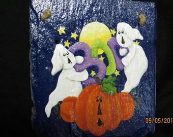 Ghostly 'BOO' Halloween slate