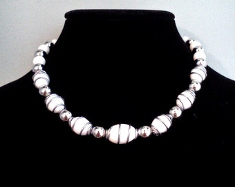 Retro 50s Inspired White and Silver Choker