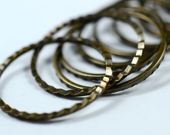 25 Pieces Antique Brass  22 mm Texturated Round Disc