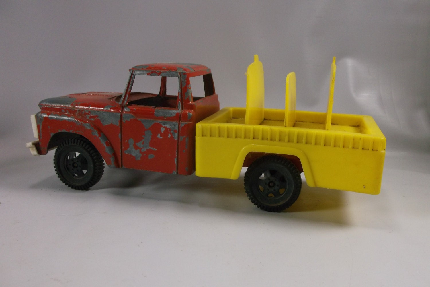 Toy Cars And Trucks : Vintage tootsie toy ford truck epsteam