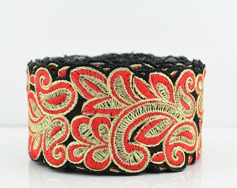 Lace Trim, Embroidered Lace Trim, Border, Indian Style, Floral, Chiffon, Paisley, Filigree, Black, Red, Gold Thread - 1 meter