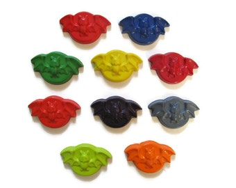 Bat Crayons set of 10 - Halloween Crayons - Party Favors