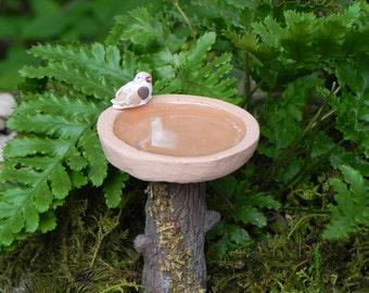 Fairy Garden accessories  Birdbath with bird and water effect miniature bird bath