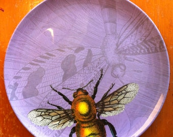 Purple Bumble Bee Melamine Dinner Plate / Outdoor Dining / Patio Dinner / Garden Theme Plates/ Garden Party Tableware / Wall Art Plate