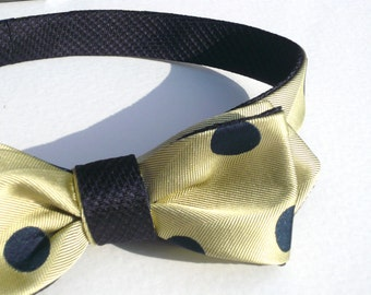 Champagne mens bow tie with dark blue classical polka dots, self tie, freestyle, reversible, italian woven pure silk, vanilla off white