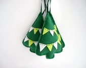 Green trees Christmas ornaments - Felt holiday decorations with tiny bunting - Set of three 3