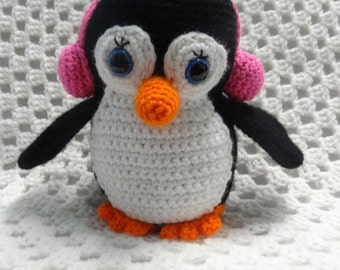 Penguin toy, READY TO POST, crochet toy, animal softie, Girl Soft Toy, Girl Gift, Animal, Amigurumi