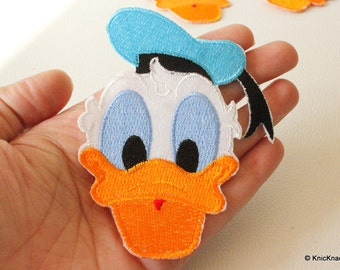 1 x Donald Duck Embroidered Applique Patch